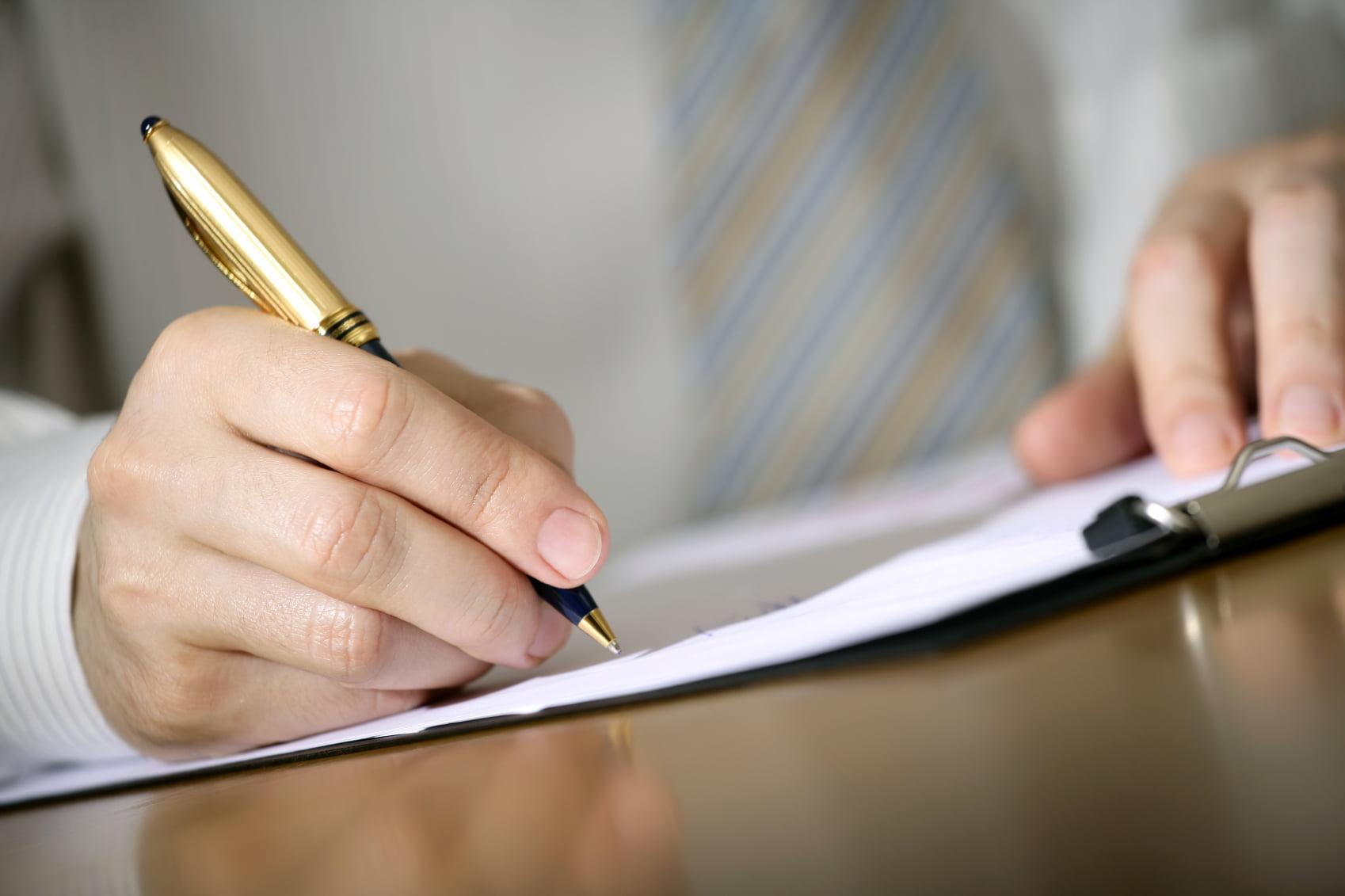 Grunden till ett förebyggande arbete kring missbruk på arbetsplatsen ligger i en väl formulerad och förankrad policy.
